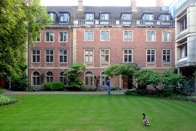 images/places/st_peters_hall/st_peters_college_oxford.jpg